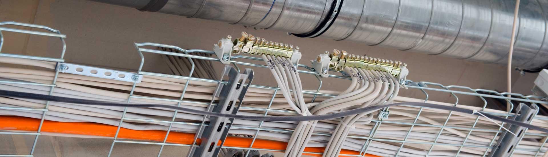 Des professionnels du câblage électrique