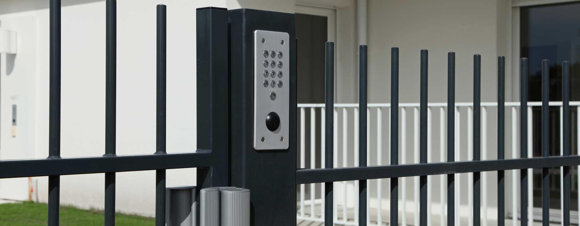 L'installation d'un digicode pour sécuriser l'entrée